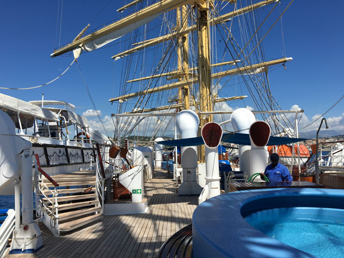 Le pont tek du Royal Clipper