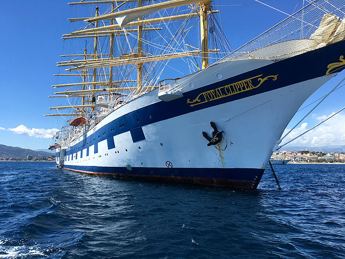 Le Royal Clipper en vue de proue